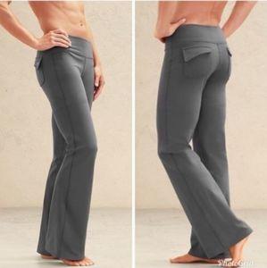 ATHLETA Fusion Flap pockets  Gray Yoga Pants